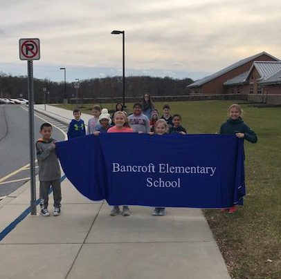 Students during Bancroft's Holiday Service Activities